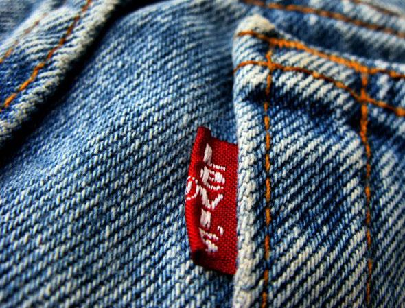 Levi's etiqueta roja