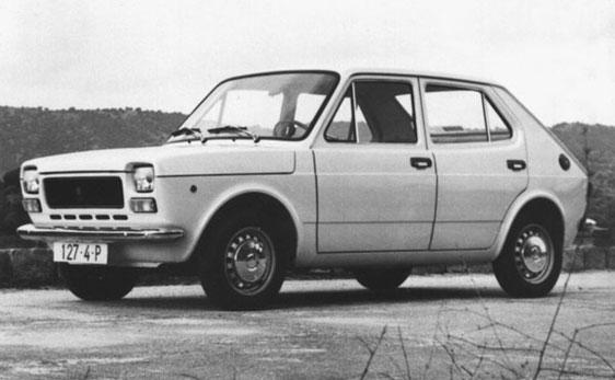 20 coches míticos de los 70 y 80 01-Seat-127