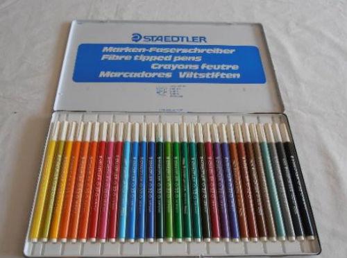 Otro hilo de cuadernos de colores Staedtler-rotus